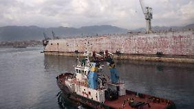 Sizilien ist schön - der Hafen von Palermo umso weniger.