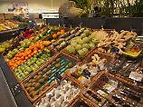 Eine gesunde Ernährung sollte den Menschen durch günstigere Preise erleichtert werden - finden die Forscher.