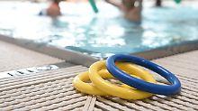 Pädophilie beim Schwimmkurs?: 20 Kinder melden sexuellen Missbrauch
