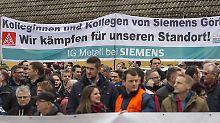 Wegen dem Strukturwandel stehen bei Siemens und GE tausende Jobs auf der Kippe.