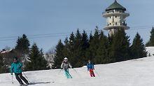 Schnee für Wintersportler: Skigebiete im Schwarzwald und Allgäu öffnen