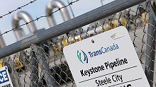 Die mehr als 4300 Kilometer lange Pipeline verbindet die kanadische Provinz Alberta mit den US-Ölfeldern in Oklahoma und Illinois