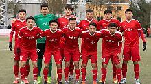Der Sport-Tag: Flaggen-Eklat in Mainz - Chinesische U20 geht vom Platz
