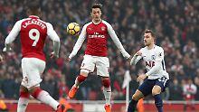 Im Spiel zwischen dem FC Arsenal und Tottenham Hotspur avanciert Mesut Özil zum Spieler des Spiels.