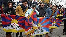 Beim Freundschaftsspiel in Mainz-Mombach gab es Proteste gegen Chinas Tibet-Politik.