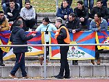 Der Sport-Tag: Tibet-Proteste bei U20-Spiel: China wittert Verschwörung
