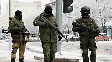 Kreml schweigt bislang: Lugansker Führung prangert Putsch an