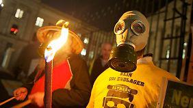 Proteste gegen die unterirdische Speicherung von Kohlendioxid legen nahe: Ohne verlässliche Klärung aller Risiken der unterirdischen Stromspeicherung wird es keine Akzeptanz geben.