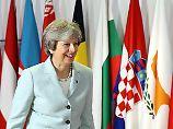 """""""Nächsten Schritt gehen"""": May signalisiert Entgegenkommen"""