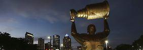 NHL feiert 100. Geburtstag: Eine Liga zwischen Spektakel und Drama