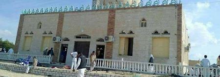 Bomben und Schüsse: Terroristen attackieren Moschee auf Sinai