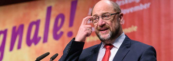 """""""Nie wieder Groko"""": Jusos knöpfen sich Schulz vor"""