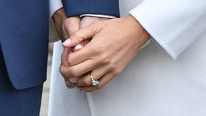 Den Verlobungsring hat Prinz Harry selbst entworfen.