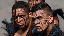 Diskriminierung in Neuseeland?: Moderatoren halten an Maori-Wörtern fest