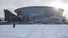Noch befindet sich das Zentralstadion im Umbau - 2018 nehmen hier dann bis zu 35.696 Zuschauer Platz. Es ist das kleinste der WM 2018.