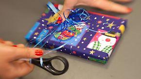 Bücher, Spielwaren, Kleidung: Das geben Bundesbürger für Weihnachtsgeschenke aus