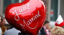 Geringeres Demenz-Risiko: Heiraten ist gut fürs Hirn