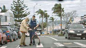Dein Freund und Unterhalter: Neuseelands Polizei rekrutiert mit viralem Hit