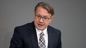 Georg Nüßlein ist Gesundheitsexperte der CSU und stellvertretender Vorsitzender der Unionsfraktion im Deutschen Bundestag.