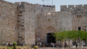Nach Angaben israelischer Minister soll Giro d'Italia 2018 vor dem Jaffa-Tor starten.