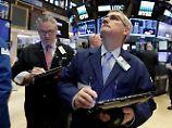 Russland-Affäre verunsichert: Wall Street geht mit Minus ins Wochenende