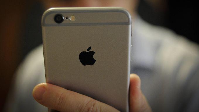 Viele iPhone-Nutzer ärgern sich über den Datums-Bug.