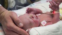 """Nach Gebärmutter-Transplantation: """"Baby Nr. 9"""" ist in den USA geboren"""