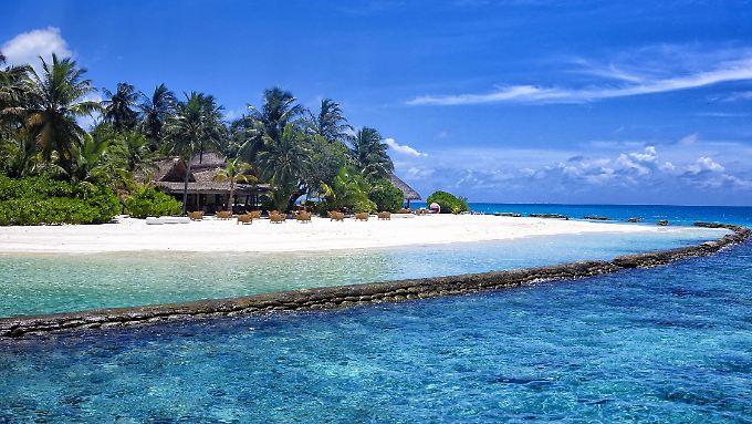 Eine Fernreise lohnt sich für viele nur, wenn sie auch lange am Urlaubsort sein können.