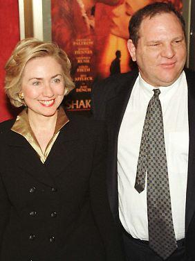 """Clinton und Weinstein bei der Premiere von """"Shakespeare in Love"""""""