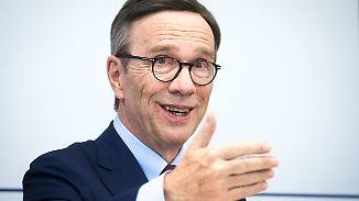 Abgang des Verbandspräsidenten: Wissmann sieht Zukunft der Automobilindustrie elektrisch