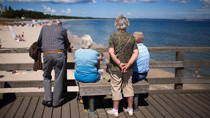 Immer länger: Senioren beziehen im Schnitt fast zwei Jahrezehnte Rente.