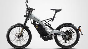 Der Akku ist mit wenigen Handgriffen ausgebaut und soll das Bultaco Albero über 100 Kilometer vorantreiben.