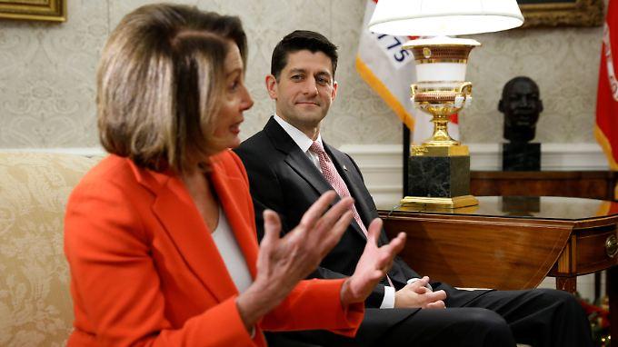 Der republikanische Repräsentantenführer Paul Ryan und seine demokratische Kollegin Nancy Pelosi haben nun zwei Wochen länger Zeit, um einen Kompromiss mit Präsident Trump zu finden.