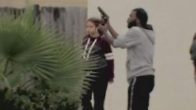 Verkehrsunfall eskaliert: Texaner gehen mit Waffen aufeinander los