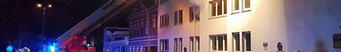 Der Tag: 09:07 Mordkommission ermittelt nach Explosion in Mönchengladbach