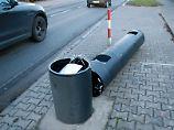 Traktor als Tatwaffe?: Hesse soll sechs Blitzer umgefahren haben