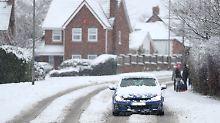 Solche Schneemassen sind in Großbritannien ungewöhlich. Bürger sind zur Vorsicht aufgerufen.