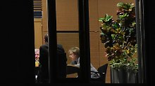 Sozialdemokraten unentschieden: CDU und CSU wollen Sondierung mit SPD