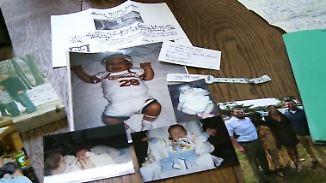 Wiedersehen nach fast 30 Jahren: Facebook-Post bringt Eltern und Sohn zusammen