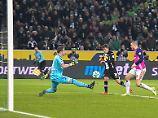 Niederlage gegen Gladbach: HSV überwintert in akuter Abstiegsnot