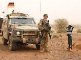 Auslandseinsätze der Bundeswehr: Von der Leyen wirbt für lange Mandate