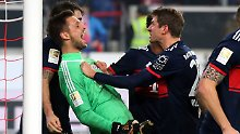 Matchwinner unter sich: Sven Ulreich und Thomas Müller.