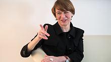 """""""Natürlich: Frauen nach vorne!"""": Das ist Deutschlands First Lady"""
