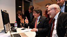 Regionalwahlen in Katalonien: Separatisten erringen absolute Mehrheit