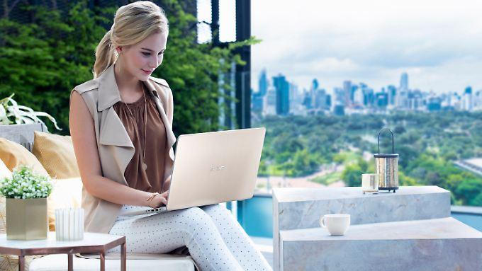 Mit einem Notebook ist man unabhängiger als mit einem Desktop-PC.