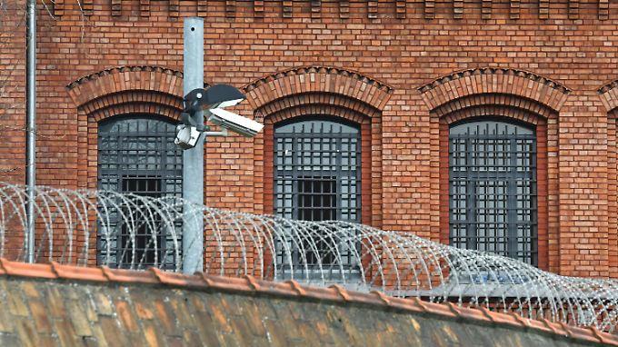Löchriger Pannenknast: Neun Häftlinge entkommen aus JVA Plötzensee