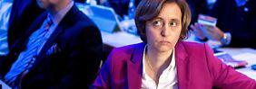 """Parodie auf Beatrix von Storch: Twitter löscht Satire-Tweet der """"Titanic"""""""