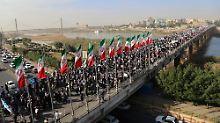 Pro-Regierungs-Demonstration in der iranischen Stadt Ahwaz.
