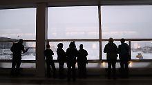 Flugchaos am New Yorker Airport: Überschwemmung legt Terminal lahm