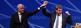 CSU-Chef Horst Seehofer und sein designierter Nachfolger als bayrischer Ministerpräsident, Markus Söder, können sich über viel Spendengeld freuen.
